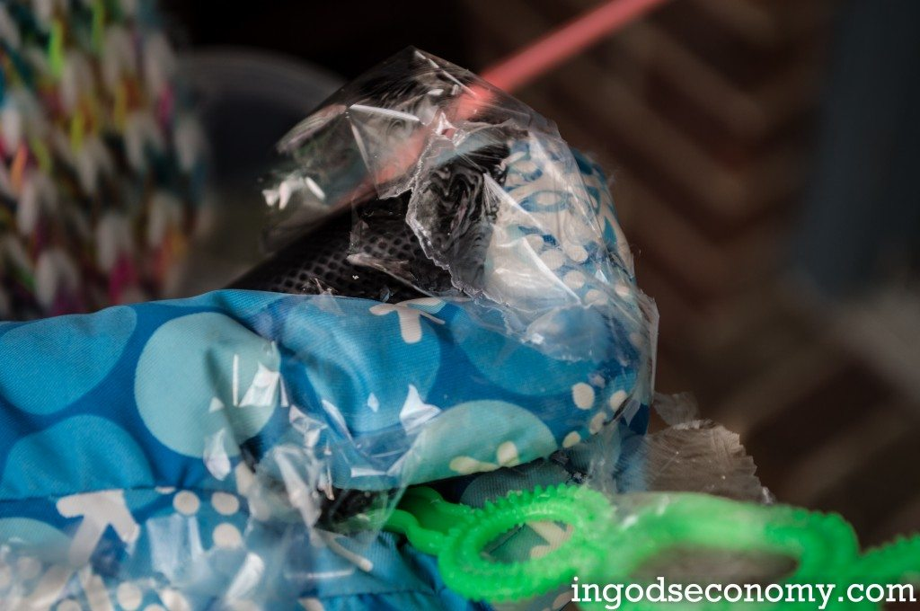 Homeschool science fun in the winter: Frozen bubbles!